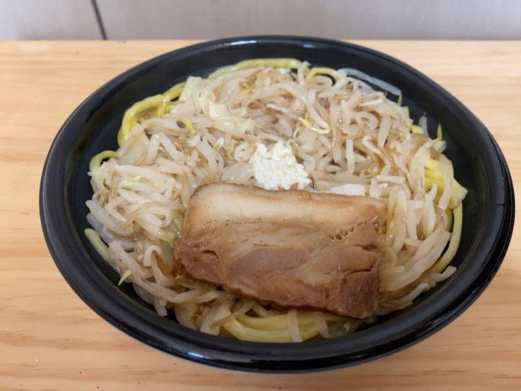 ローソンの二郎系チルド麺「豚醤油ラーメン」を実食!1