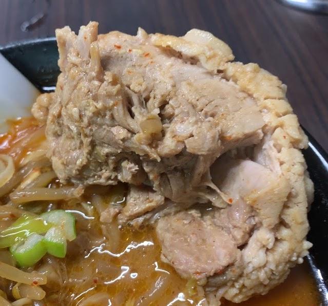 蒲田の荒木屋で限定メニューの愛海鮮五目麻婆麺と激ヤバチャーシュー14