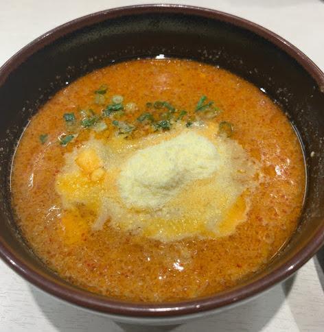 蒙古タンメン中本東池袋店で冷し肉醤麺のつけ汁