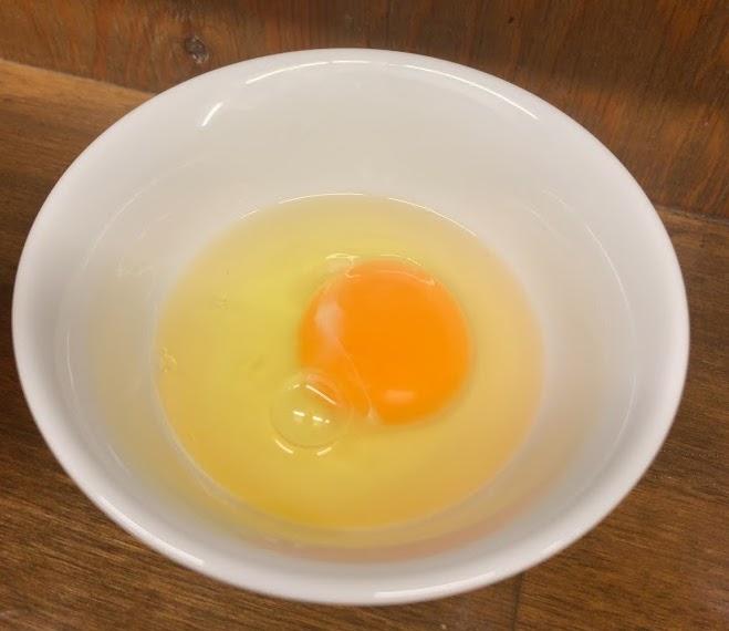下北沢のらーめん 玄の生卵