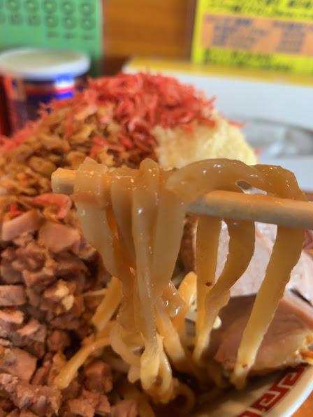 青森のラーメンくめちゃんアブラ麺リフト